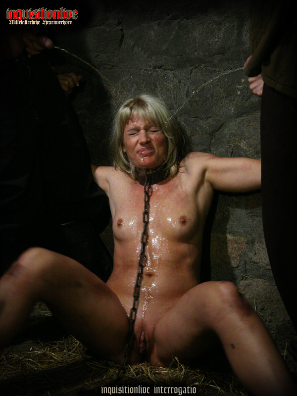 Slavegirls porn pics
